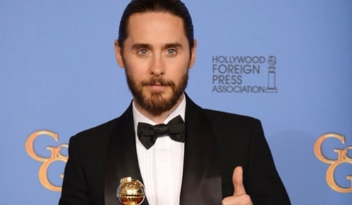 Jared Leto gets dirty on stage