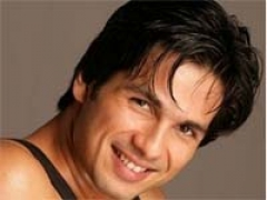 Shahid getting a tan for 'Rambo Rajkumar'