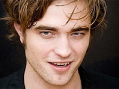 Pattinson gives up music album dreams