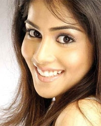 Genelia new face of Fastrack