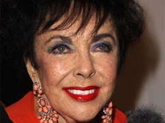 Liz Taylor's trailer to be auctioned