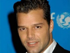 Ricky Martin defends gay rights