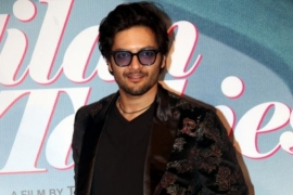 Ali Fazal urges people to pay their house helps, drivers