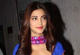 Shruti Haasan to replace Tamannah in 'Aagadu'?