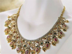 Keep jewellery sparkling in rains!