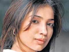 Kanika Dhillon :'Shah Rukh nurtures young talent'