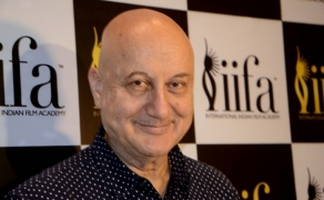 Will keep talking about India without joining politics: Anupam Kher