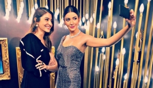 Anushka unveils her interactive wax figure in Madame Tussauds