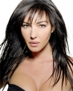 Monica Bellucci gives birth to a girl