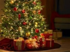 Tips to deck up your house for Christmas