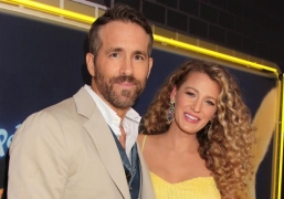 COVID-19: Ryan Reynolds, Blake Lively extend monetary help