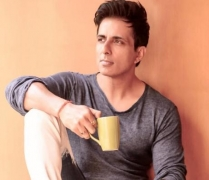 COVID-19: Sonu Sood offers his Juhu hotel for healthcare workers