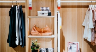 A four-step guide to organising your wardrobe