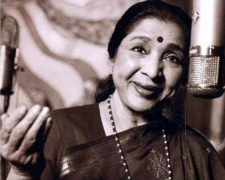 When Asha Bhosle recorded song on a phone