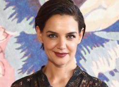 Katie Holmes' new beau 'can't get enough' of her
