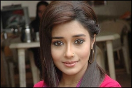 Uttaran: Meethi tries to escape from Pakistan