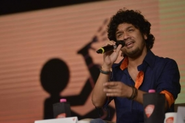 Papon releases video of 14-yr-old song, 'Din guzrein woh'