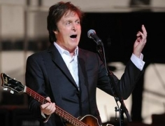 McCartney resists temptation to pen songs