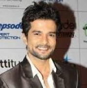 Hate mails lowered my morale: Raqesh on playing Asad