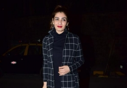 Raveena Tandons DIY tips for work-from-home eyes