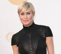 Robin Wright wins best actress in TV drama at Golden Globes