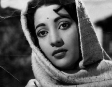 End of an era with Suchitra Sen's death: Bengali film industry mourns